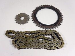 Chain and sprocket kit Triumph Sprint ST 955