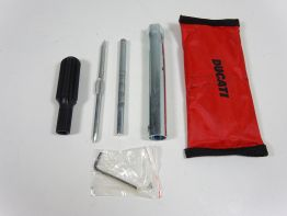 Tool set Ducati Monster S2 1000