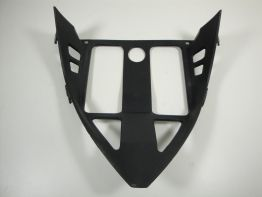 Cowl V shape under Aprilia RSV 1000