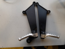 Duo footrest set Aprilia RSV 1000