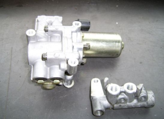 ABS pump Honda ST 1300 Pan European