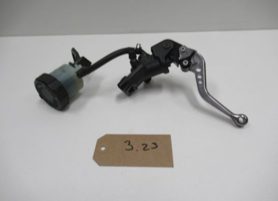 Search results for Front brake master cylinder Yamaha R1 all