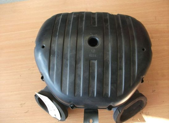 Air cleaner case Suzuki GSX R 1000